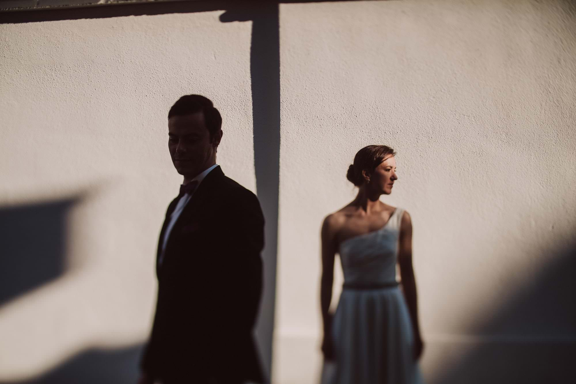 01 wedding photographer germany light and shadow - Hochzeitsportraits