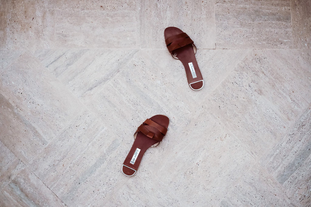0021 italian wedding photographer elopement positano shoes