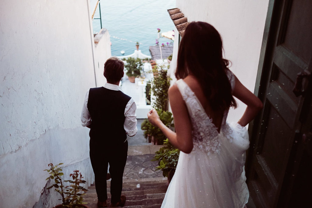 0075 italian wedding photographer elopement positano lets go down