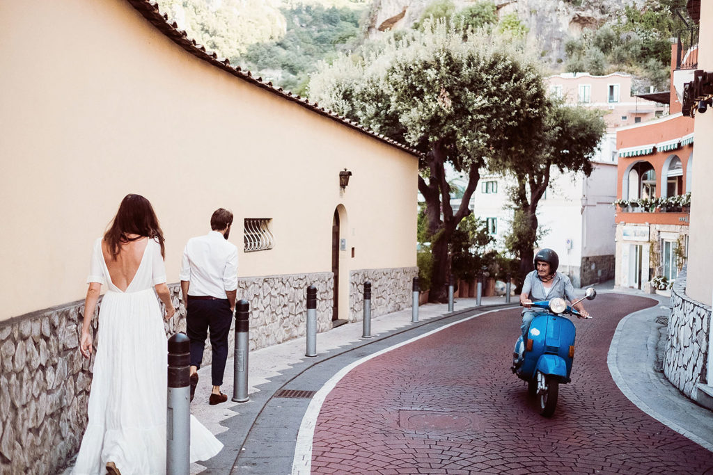 0093 positano wedding photographer elopement vespa