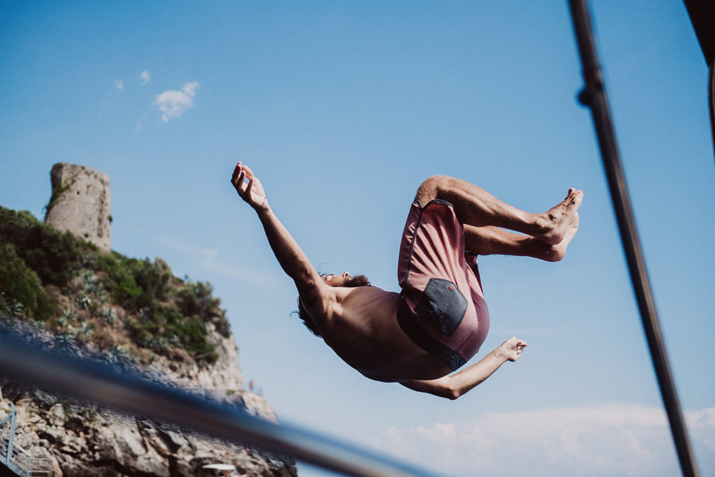 0146 wedding photographer positano backflip
